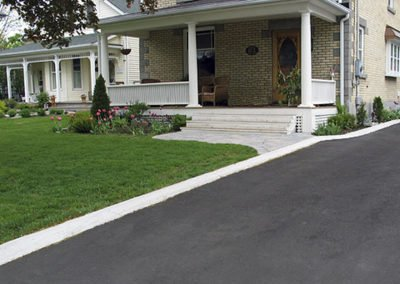 Residential Concrete Curb Newmarket