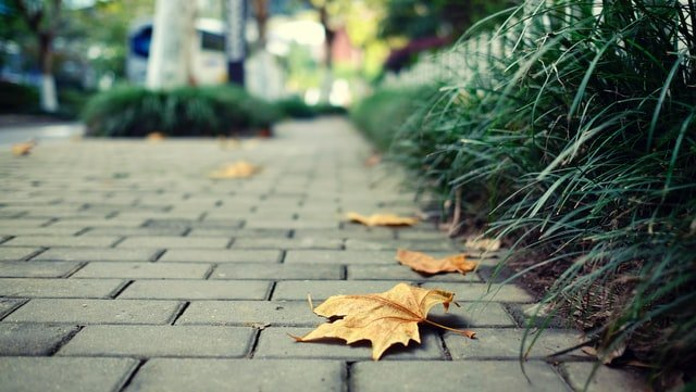 4 Helpful Tips to Hire the Right Paving Company